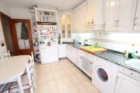 An Exceptionally Spacious 3-Storey Village Townhouse  (9)