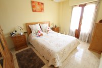 An Exceptionally Spacious 3-Storey Village Townhouse  (14)