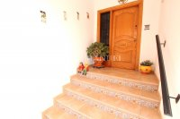 An Exceptionally Spacious 3-Storey Village Townhouse  (6)