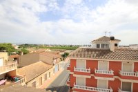 An Exceptionally Spacious 3-Storey Village Townhouse  (23)