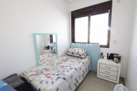 Luxury 3 Bed South-Facing Garden Apartment  (13)
