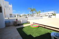 Luxury 3 Bed South-Facing Garden Apartment  (17)