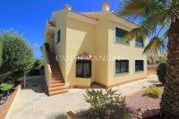 A Sunny and Spacious Garden Apartment - Campoamor Golf  (3)