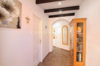 A Charming 2 Bed Village Townhouse - Stunning Interior!  (8)