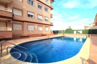 A Well-Presented Second Floor Corner Apartment - Pool Views (4)