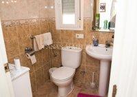 Charming 3 Bed / 2 Bath Detached Villa  (16)