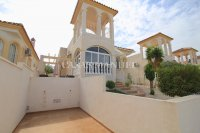Stunning 3 Bed Villa with Mountain Views (6)
