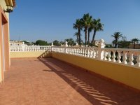 Cabo Roig Villa - 150m from the beach (14)