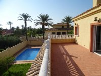 Cabo Roig Villa - 150m from the beach (15)
