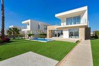 3 Bedroom Villa in VistaBella (0)