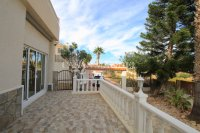 Sizeable 5 Bed / 4 Bath Villa With Private Pool + Guest Accommodation (4)