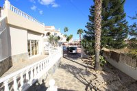 Sizeable 5 Bed / 4 Bath Villa With Private Pool + Guest Accommodation (35)