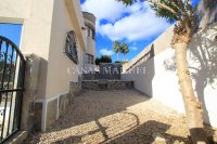 Sizeable 5 Bed / 4 Bath Villa With Private Pool + Guest Accommodation (34)