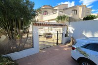 Sizeable 5 Bed / 4 Bath Villa With Private Pool + Guest Accommodation (3)
