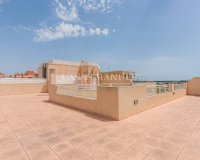 Lovely 2 Bed Top Floor Apartment in Los Palacios (10)
