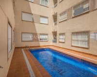 Lovely 2 Bed Top Floor Apartment in Los Palacios (1)