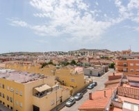 Lovely 2 Bed Top Floor Apartment in Los Palacios (4)