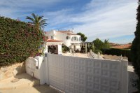Large 4 Bed / 3 Bath Villa - Guest Apartment + Sea Views!  (7)