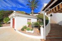 Large 4 Bed / 3 Bath Villa - Guest Apartment + Sea Views!  (2)