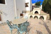 Large 4 Bed / 3 Bath Villa - Guest Apartment + Sea Views!  (10)