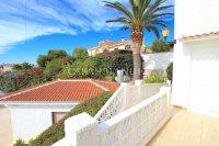 Large 4 Bed / 3 Bath Villa - Guest Apartment + Sea Views!  (6)