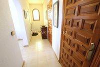 Large 4 Bed / 3 Bath Villa - Guest Apartment + Sea Views!  (22)