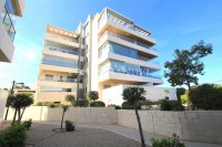 Luxury 2 Bed / 2 Bath Penthouse with Sea Views!  (3)