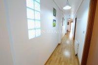 Superior 3 Bed Apartment With Designer Interior  (12)