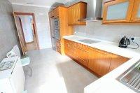 Superior 3 Bed Apartment With Designer Interior  (2)