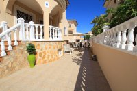 Large 4 Bed South-Facing Villa with Guest Accommodation  (5)