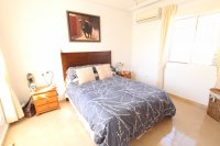 Large 4 Bed South-Facing Villa with Guest Accommodation  (18)