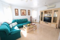 Large 4 Bed South-Facing Villa with Guest Accommodation  (10)