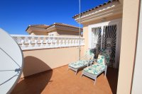Large 4 Bed South-Facing Villa with Guest Accommodation  (22)