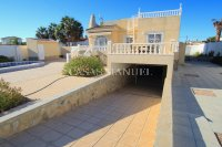 Fabulous 4 Bed Villa With Private Pool + Garage - 900sqm Plot!  (3)
