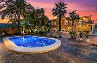 Luxury villa in the center of Ciudad Quesada (0)