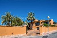 Luxury villa in the center of Ciudad Quesada (23)