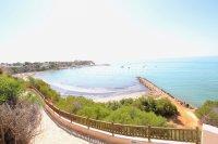 Charming Mediterranean-Style Townhouse - Pool Views! (7)