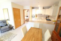 Exceptionally Spacious Townhouse With Guest Accommodation. (12)