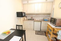 Exceptionally Spacious Townhouse With Guest Accommodation. (15)