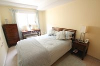 Exceptionally Spacious Townhouse With Guest Accommodation. (19)