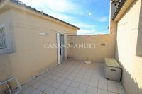 Exceptionally Spacious Townhouse With Guest Accommodation. (28)