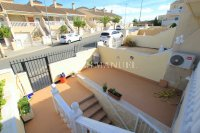 Exceptionally Spacious Townhouse With Guest Accommodation. (26)