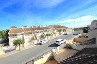 Exceptionally Spacious Townhouse With Guest Accommodation. (30)