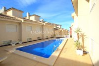 Exceptionally Spacious Townhouse With Guest Accommodation. (5)