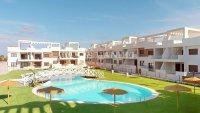 Fabulous 3 Bed Coastal Townhouse - Pool Views!
