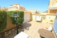 Bright and Spacious Property With Large Garden! (2)