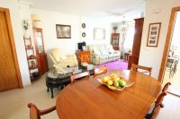 Bright and Spacious Property With Large Garden! (13)