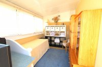 Bright and Spacious Property With Large Garden! (33)