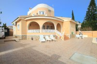 South-Facing Villa With Guest Apartment- Exclusive Surroundings  (0)