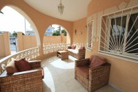 South-Facing Villa With Guest Apartment- Exclusive Surroundings  (1)